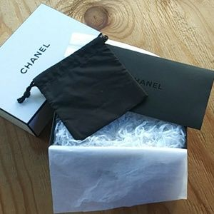 Chanel gift box set